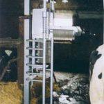 フルオートカウブラシの装置開発