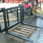 トラクター用油圧スライドコンテナリフトの開発