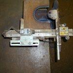 鉄骨コラム柱の柱脚部窓抜き用ガス切断機治具製作